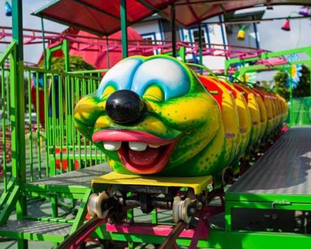 Wacky-Worm Roller Coaster